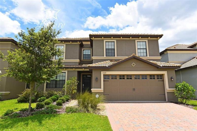 1443  MOON VALLEY,  KISSIMMEE, FL