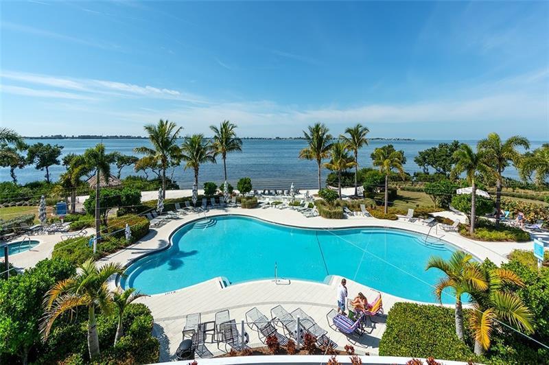 233 SAPPHIRE LAKE 201, BRADENTON, FL, 34209