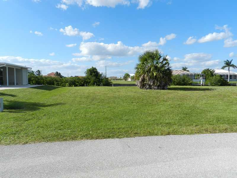 5327  RIVER BAY,  PUNTA GORDA, FL