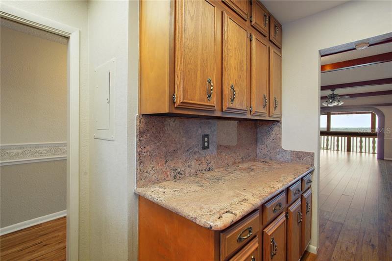 601 N MCDONALD STREET 603, MOUNT DORA, FL, 32757