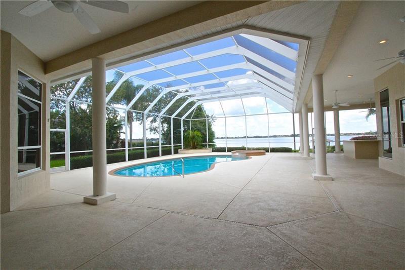 236 MCLEAN POINT, WINTER HAVEN, FL, 33884