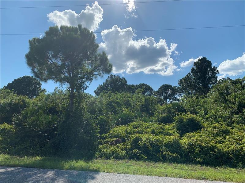 7251  PINEDALE,  PORT CHARLOTTE, FL