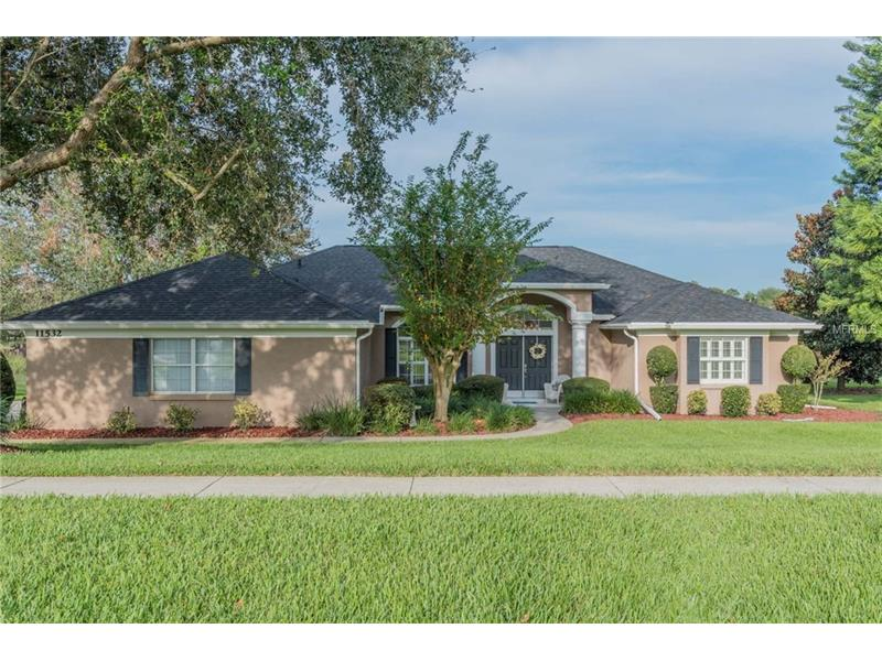 G4848137 Clermont Waterfront Homes, Single Family Waterfront Homes FL