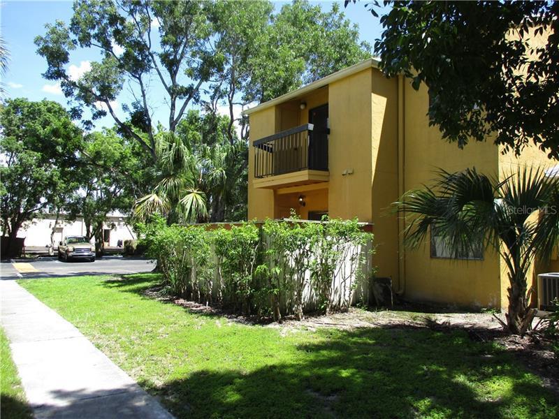2929  WINKLER,  FORT MYERS, FL