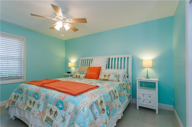 5094 SE STARFISH C, ST PETERSBURG, FL, 33705
