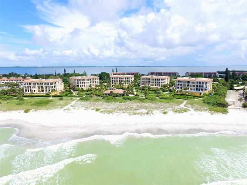 4985 Gulf Of Mexico Drive #404