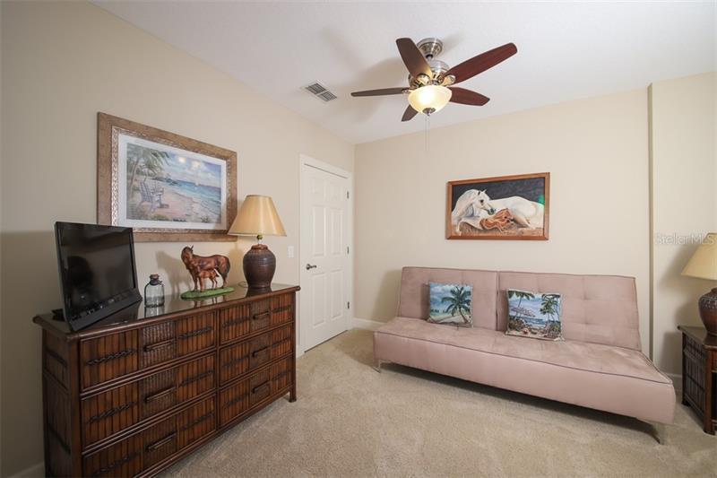 8540 AMBERJACK 201, ENGLEWOOD, FL, 34224