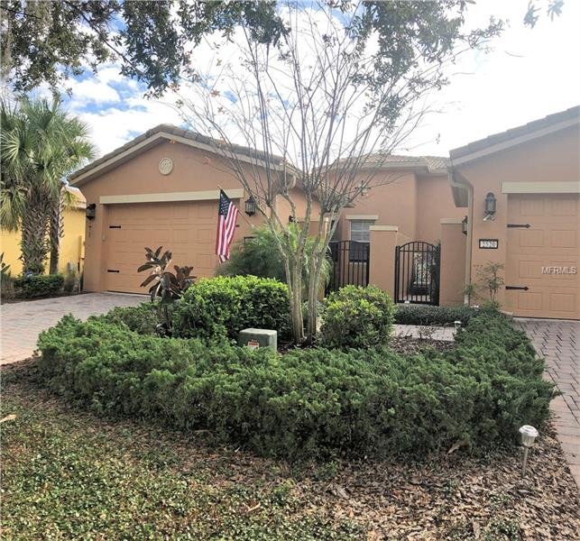 Kissimmee Vacation Homes For Sale: 2 Bedroom Homes For Sale In KISSIMMEE, FL