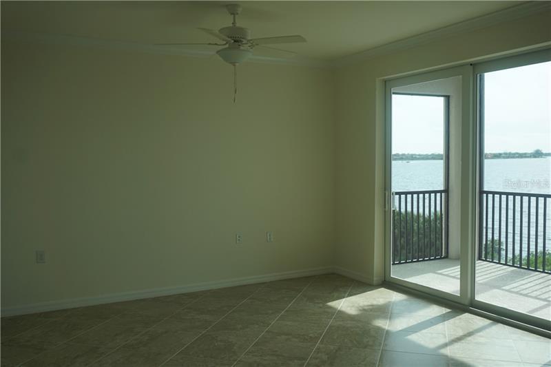 910 TIDEWATER SHORES LOOP 303, BRADENTON, FL, 34208