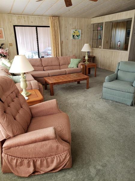 109 LYONIA, WILDWOOD, FL, 34785