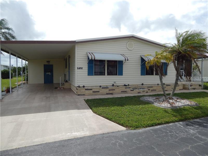 529  WALNUT,  VENICE, FL