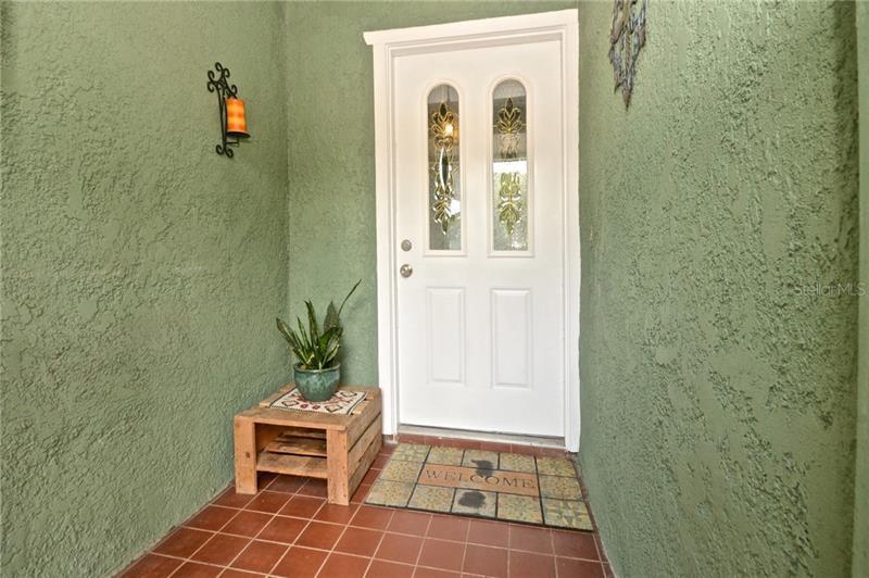 102 N AURORA, APOPKA, FL, 32703