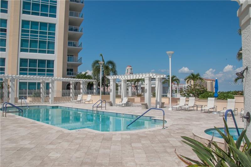 400 NE BEACH 205, ST PETERSBURG, FL, 33701
