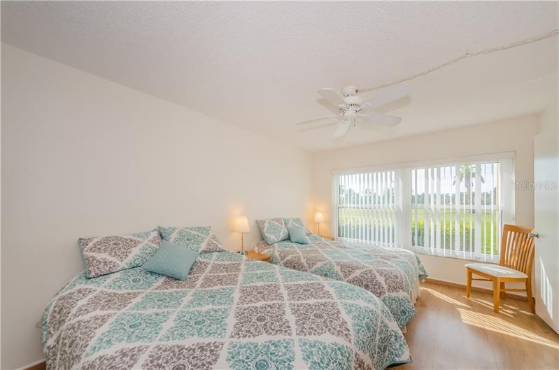 6180 SUN 111, ST PETERSBURG, FL, 33715