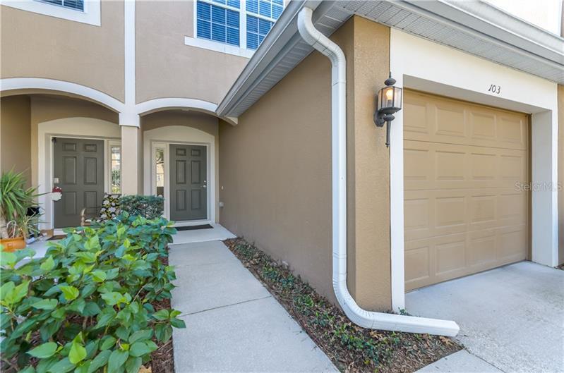 L4724639 Orlando Waterfront Condos, Condo Buildings, Condominiums FL