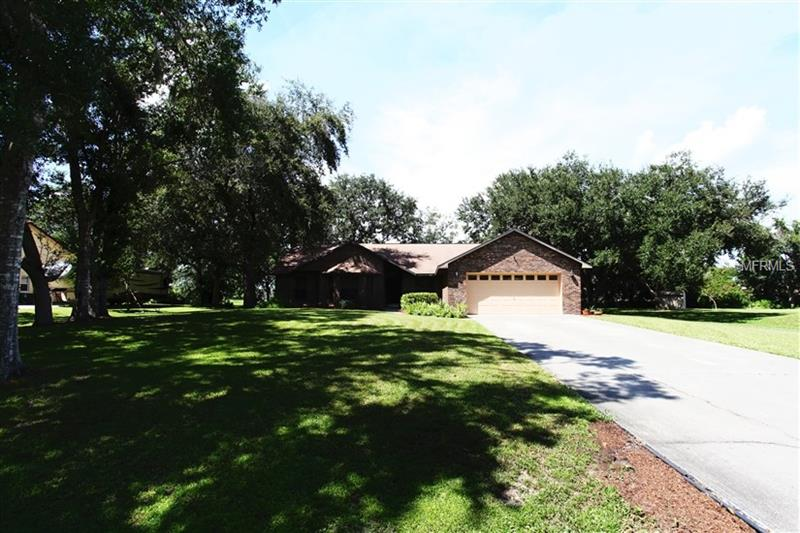 S5006239 Kissimmee Waterfront Homes, Single Family Waterfront Homes FL