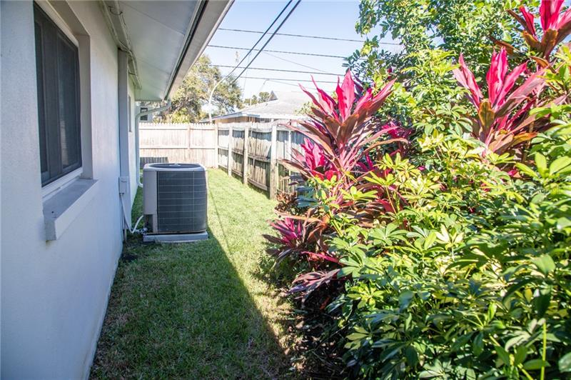 1201 N 87TH, ST PETERSBURG, FL, 33702