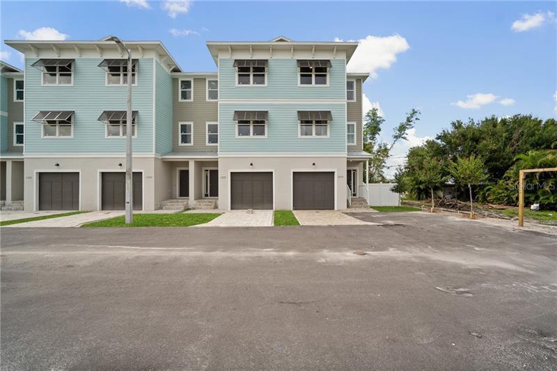 1299 NE SAVONA, ST PETERSBURG, FL, 33702