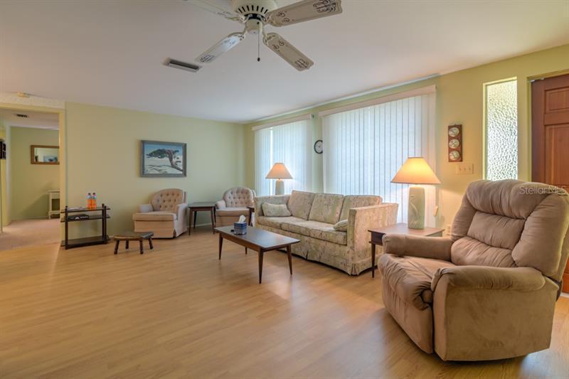 2010 E CREST, ENGLEWOOD, FL, 34223