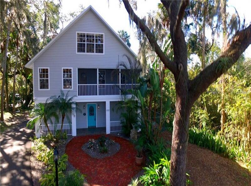 WATERFRONT AND ACREAGE - PORT RICHEY - T2918873-7