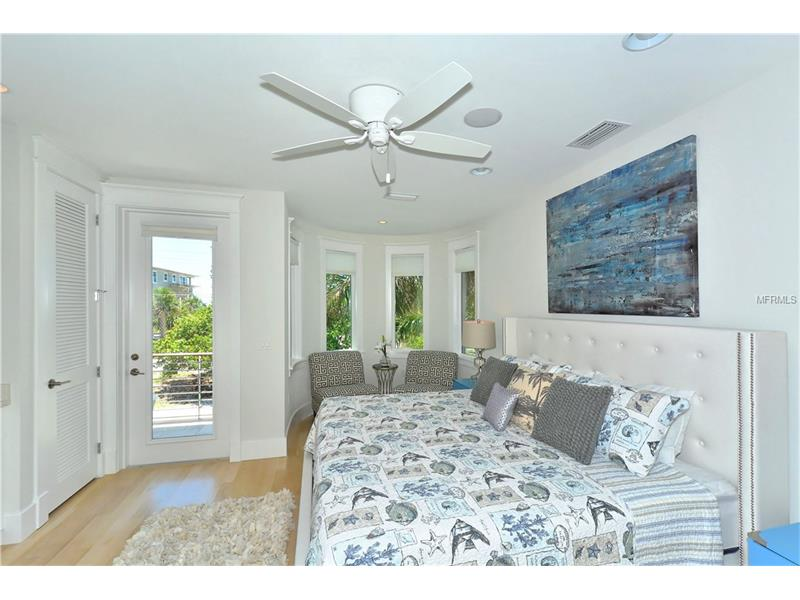 Photo of 752 N Shore Drive (A4154540) 10