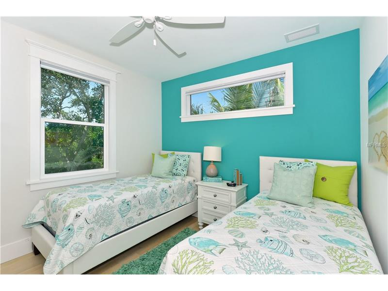 Photo of 752 N Shore Drive (A4154540) 17