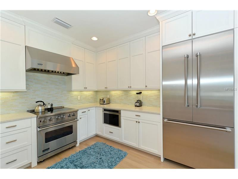 Photo of 752 N Shore Drive (A4154540) 7