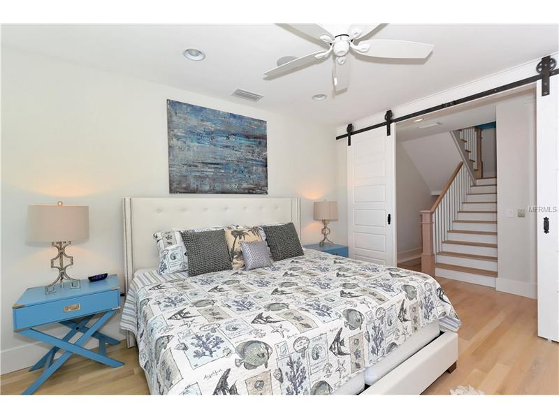 Photo of 752 N Shore Drive (A4154540) 9