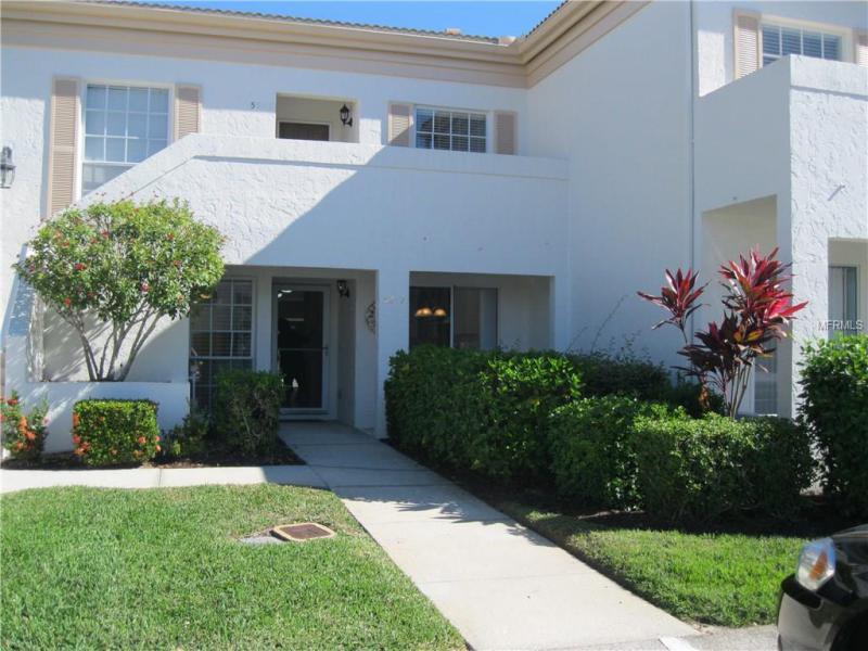 5217 Wedgewood Lane 21 Sarasota Fl 34235 A4186340 In Wedgewood Lake