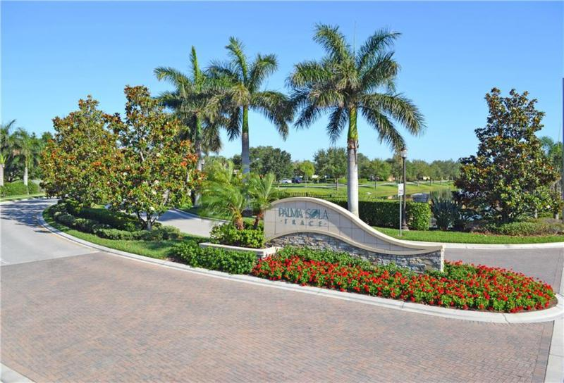 Homes For Sale In The Palma Sola Trace Condo Or2185