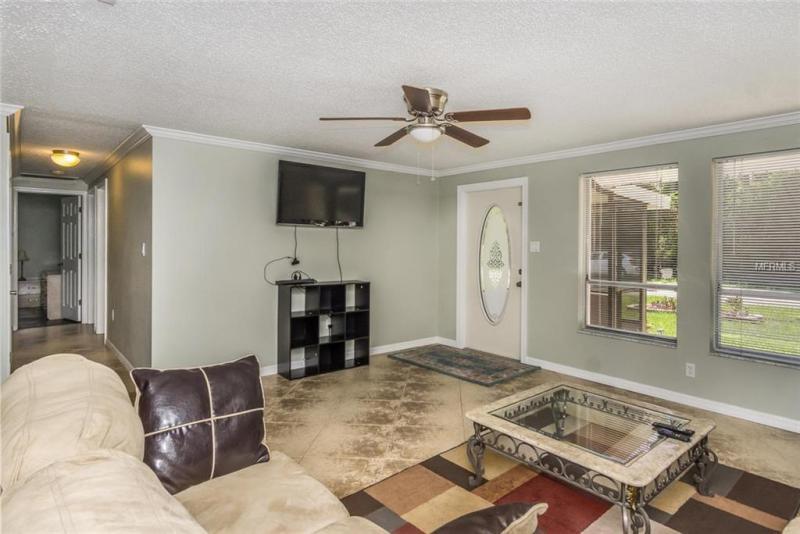 2083 CANNOLOT, PT CHARLOTTE, FL, 33948