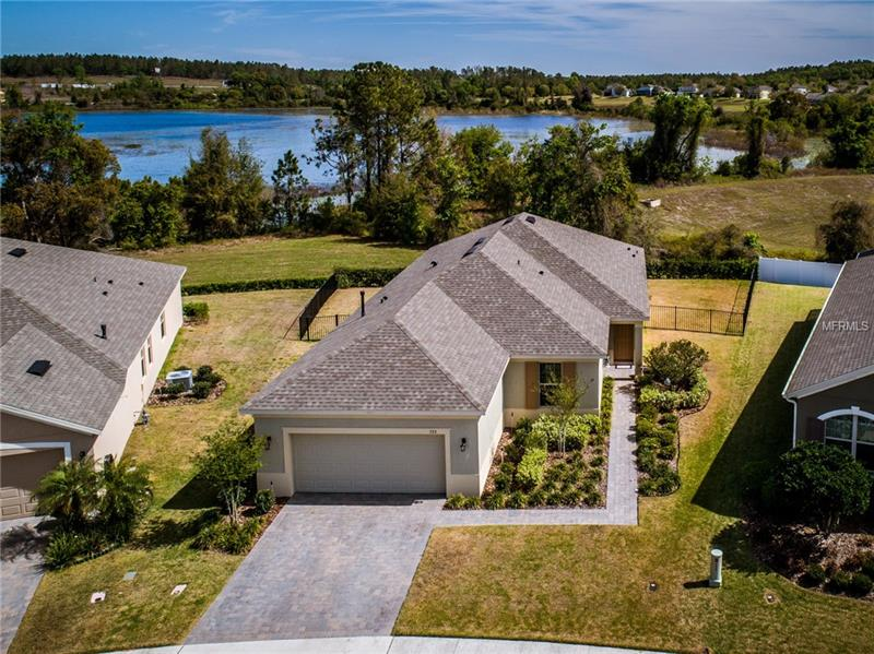 O5567574 Clermont Waterfront Homes, Single Family Waterfront Homes FL
