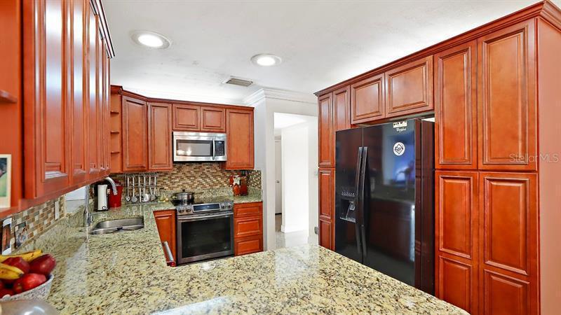 5881 N 40TH, ST PETERSBURG, FL, 33709