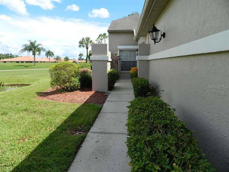 12635 SW KINGSWAY,  LAKE SUZY, FL