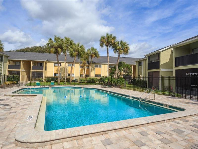 916 LAKE DESTINY A, ALTAMONTE SPRINGS, FL, 32714