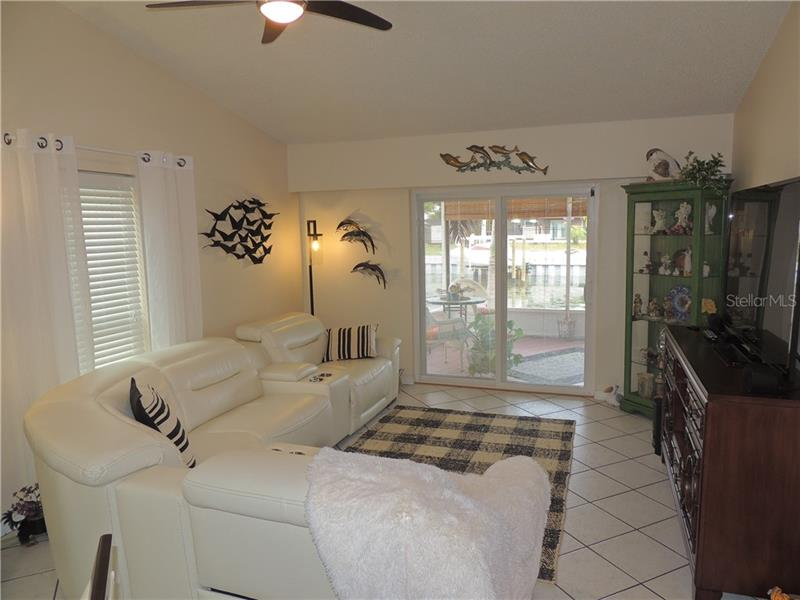 3526 SE BEACH, ST PETERSBURG, FL, 33705