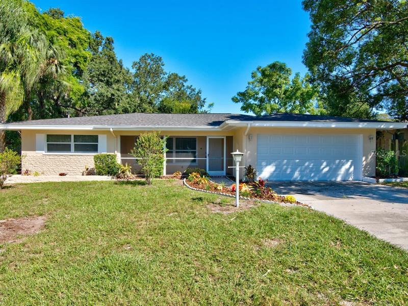 1540  LEVERN,  CLEARWATER, FL