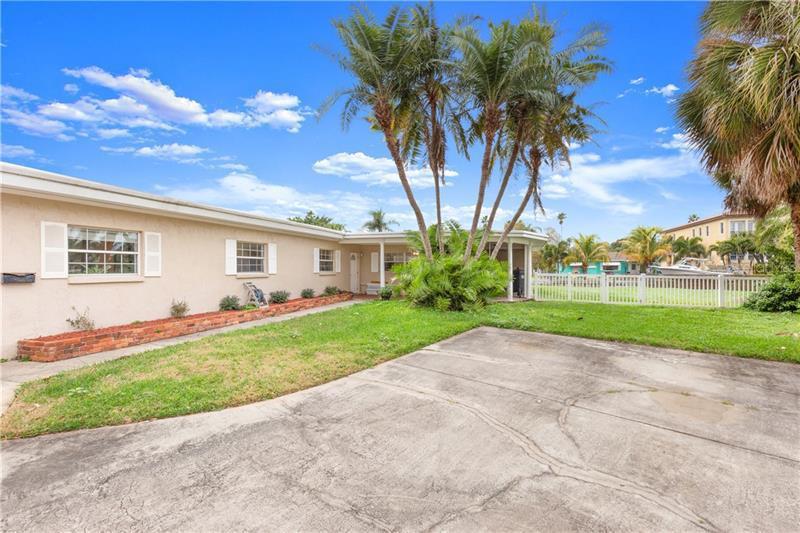 1733 NE BAYOU GRANDE, ST PETERSBURG, FL, 33703