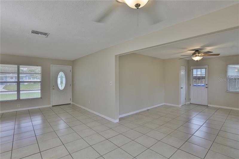 7256 N 15TH, ST PETERSBURG, FL, 33702