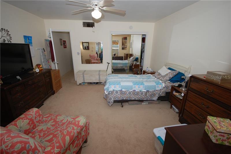 216 N 36TH 204B, ST PETERSBURG, FL, 33704