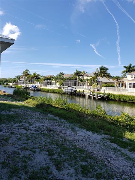 709 PINCKNEY, APOLLO BEACH, FL, 33572
