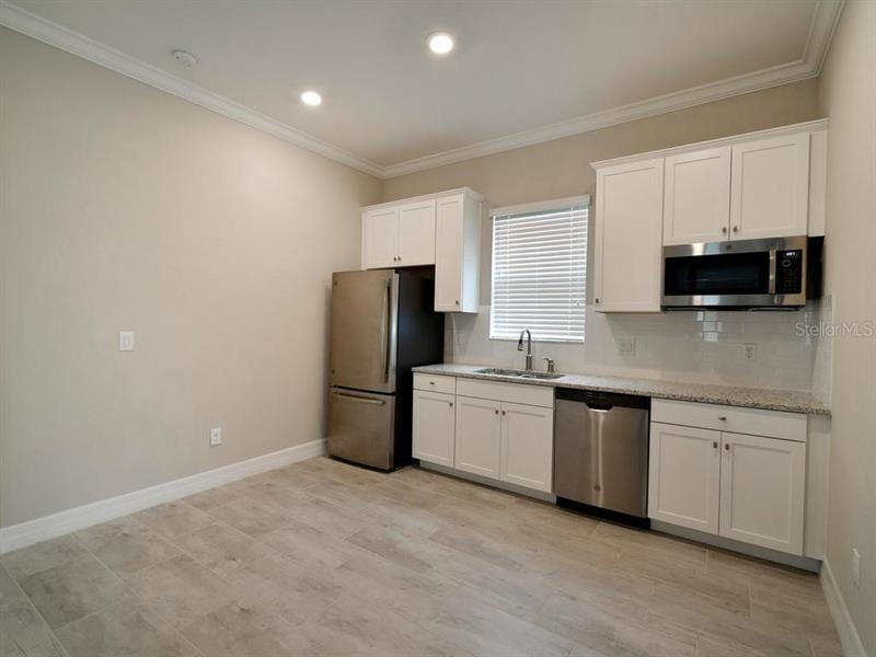 12018 MEDLEY, BRADENTON, FL, 34211
