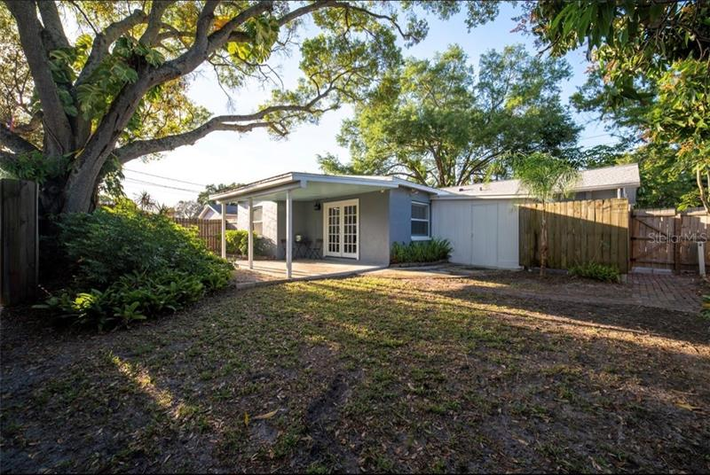 542 NE 40TH, ST PETERSBURG, FL, 33703