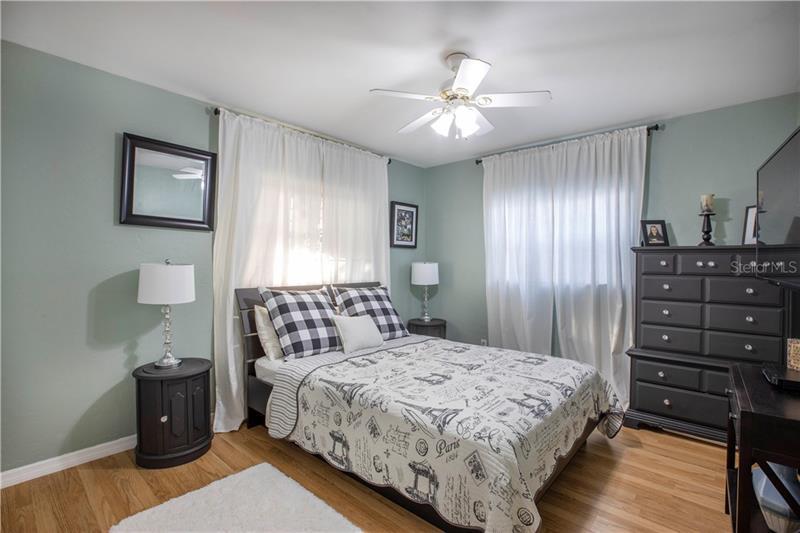 6621 S POINSETTIA, ST PETERSBURG, FL, 33707