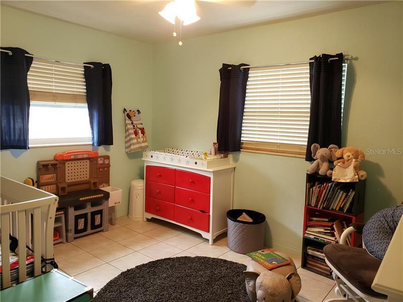 1700 N WINCHESTER, ST PETERSBURG, FL, 33710
