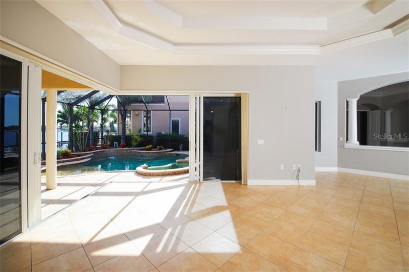 902 RIVIERA DUNES, PALMETTO, FL, 34221