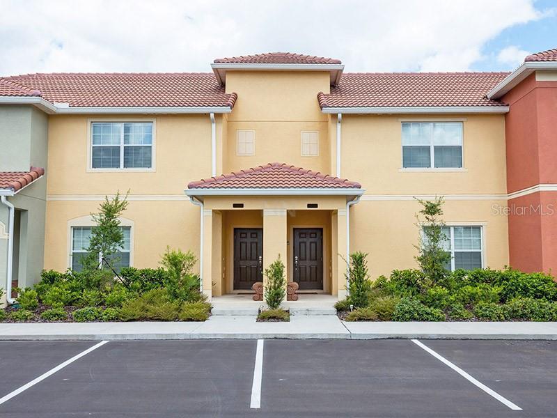O5721077 Kissimmee Waterfront Condos, Condo Buildings, Condominiums FL