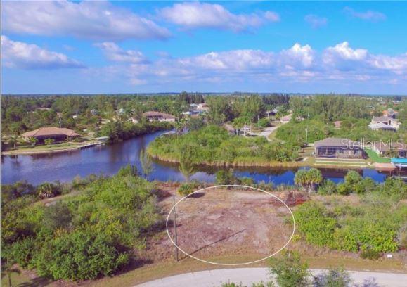 15642  APPLEWHITE,  PORT CHARLOTTE, FL