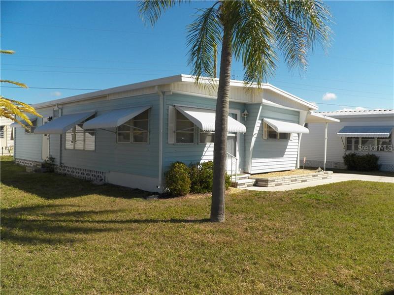726  CAREFREE,  VENICE, FL