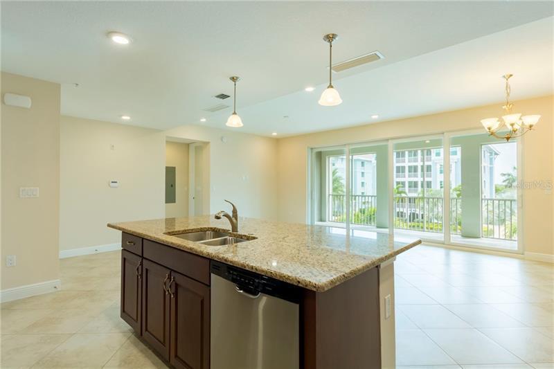 392 ARUBA 201, BRADENTON, FL, 34209